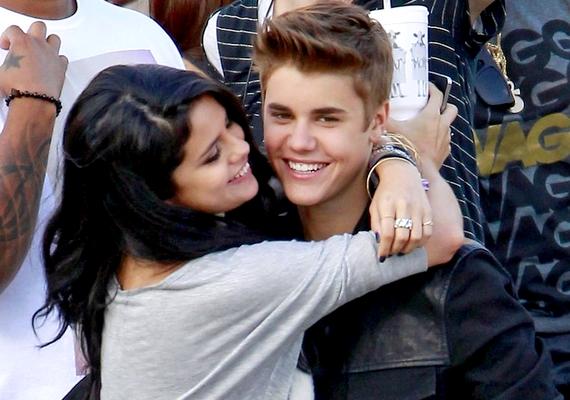 Állítólag Selena még rá is játszott az egészre, hogy féltékennyé tegye régi-új barátját, Justin Biebert.