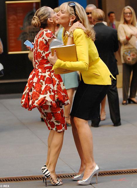 Carrie és Samatha Jones