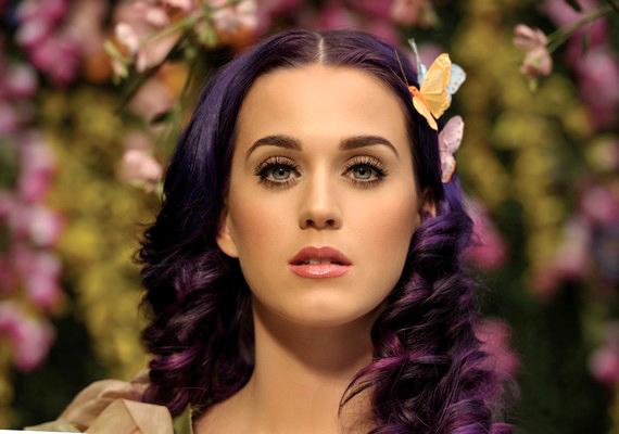 Katy Perryn is eluralkodtak az érzelmek egy koncert során.