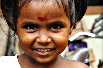 A mosoly Srí Lankán elengedhetetlen.