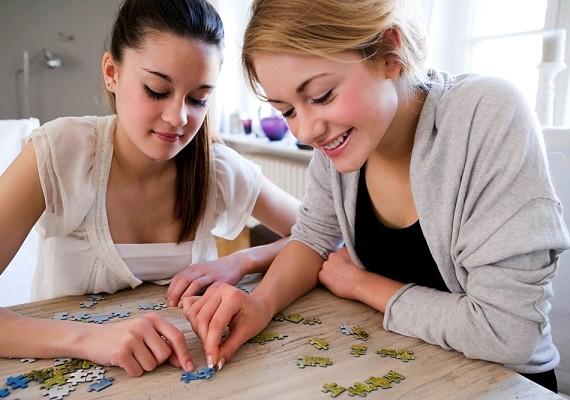 Petra: - Egy új hobbi csodákat művel. Még a barátaidat is bevonhatod, úgy még jobban kikapcsol és felvidít majd.