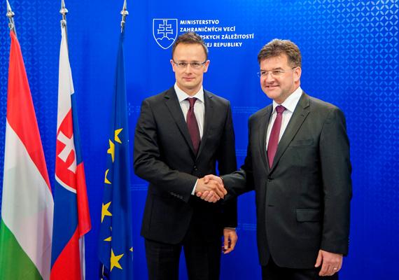 Október 7-én Pozsonyban járt, ahol Miroslav Lajcák szlovák külügyminiszterrel tárgyalt.