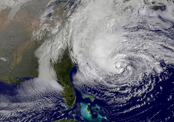 A Sandy hurrikán kettes erősségű trópusi ciklon volt 2012 októberében - a második legpusztítóbb csapás a Katrina után -, a Karib-térségben és Észak-Amerika keleti partvidékén csapott le.