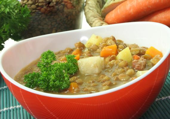 Lencséből nemcsak levest, de tápláló és gazdag főzeléket is készíthetsz. Kattints ide a receptért! »