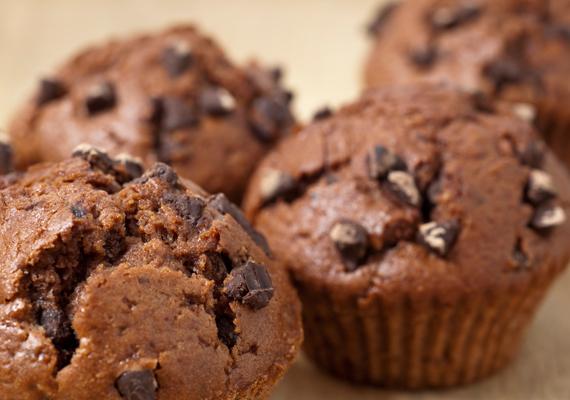 Ha gyorsan kell a vendégeknek valami édességet készíteni, a hipergyors csokis mufinnal garantált sikert arathatsz. Kattints ide a receptért! »