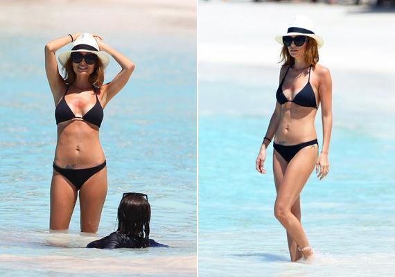 Nicole Richie szintén erre a stílusra voksolt, ám Selena laza outfitjével szemben ő a nőies eleganciát választotta fekete színben, amit kalappal tett tökéletessé.