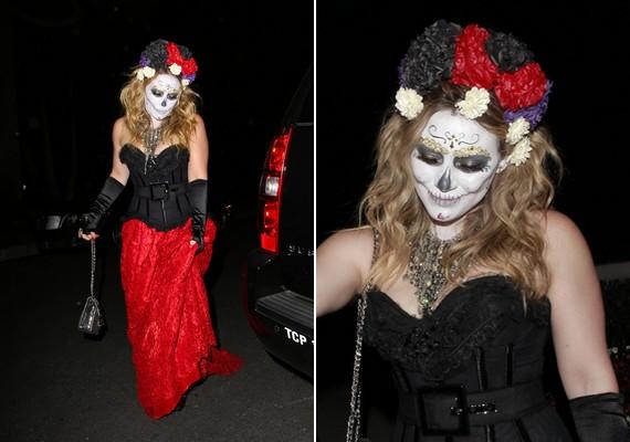 Hilary Duff aprólékos halloweeni arcfestése különösen jól sikerült.
