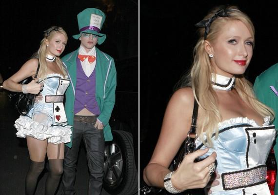 Paris Hilton és barátja az Alice Csodaországban szereplőinek bőrébe bújtak.