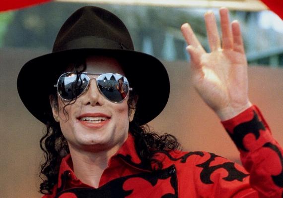 A listát Michael Jackson vezeti, akinek 2009-es halála óta is milliárdos vagyona halmozódott volna fel, évente ugyanis 115 millió dollárt hoz a munkássága.