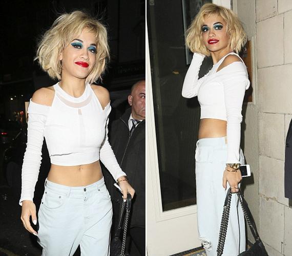 Rita Ora valószínűleg bohócnak képzelte magát.