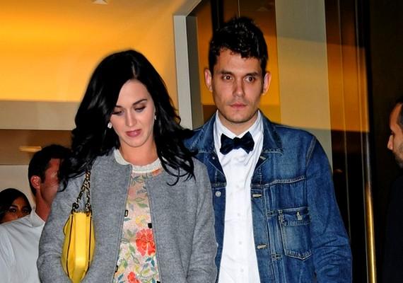 Katy Perry válása után viszonylag hamar rátalált nagy szerelmére, John Mayerre. Egyiküknek sem volt egyszerű a szerelmi múltja, és most sajnos úgy tűnik, elváltak útjaik.