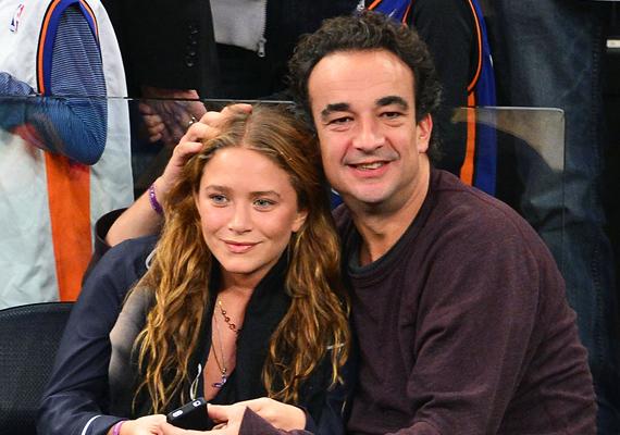 Mary-Kate Olsen sem a korosztályából választott párt magának, a francia miniszterelnök, Nicholas Sarkozy testvérével, Olivier-vel jár, bár a rosszindulatú pletykák szerint a lány csak a pénz és a rang miatt van a nála 17 évvel idősebb férfival. Ebben már csak azért is kételkedünk, mert Mary-Kate már gyerekként akkora vagyonra tett szert, amiről más csak álmodozik.
