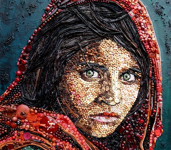 Az afgán lány, vagyis a menekült Sharbat Guláról készült első kép.