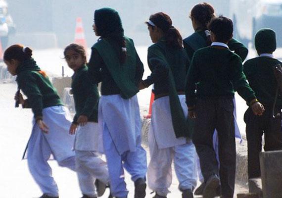 10-18 éves gyerekek járnak az iskolába, akiket a hadsereg azonnal evakuálni kezdett, amint tudomást szereztek a támadásról.