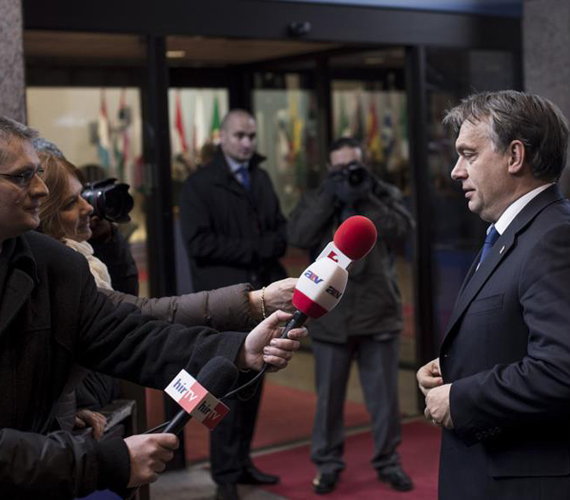 Orbán Viktor miniszterelnök pénteken még azt nyilatkozta: - A keretszámok meg vannak oldva, az átalakításokkal mindenki jól jár, csak idő kell, hogy meg is értsék ezt.
