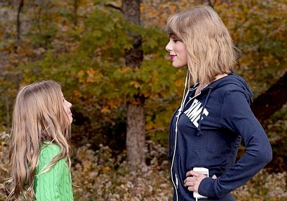 Taylor nem tudott ellenállni a kis rajongóknak, akiket éppen a parkban fotóztak, mikor az énekesnő arra kocogott: pózolt velük néhány fénykép erejéig.