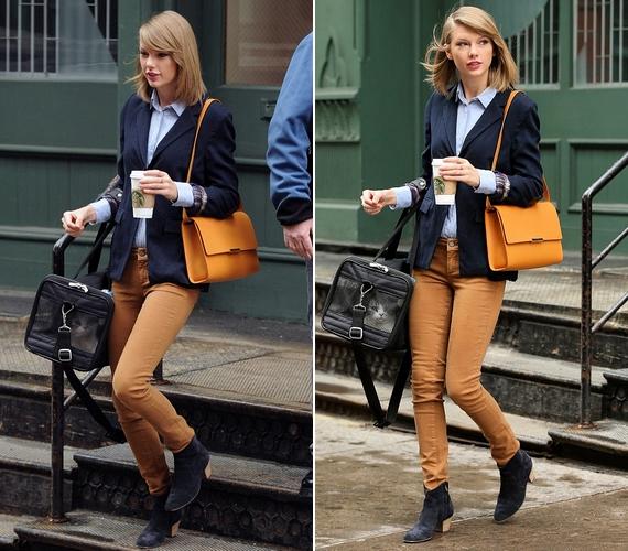Mogyorószínű nadrágban különösen stílusos volt a kék blézerrel és a mustársárga táskával.
