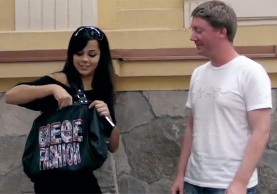 Tóth Lüszi a Megasztár negyedik szériájában tűnt fel, ő lett 2008 legjobb női hangja. Fotónk I Feel Happy című videoklipjéből származik, ami 2010 októberében jelent meg, de Lüsziről azóta semmi hír.