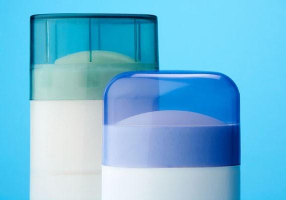Mosakodás után mindig használj izzadásgátlót! Ha érzékeny a bőröd, illatmentes készítményt is választhatsz. A golyós dezodor vagy stift hatását tartósíthatod, ha lefújod ugyanolyan fajta spray-vel.