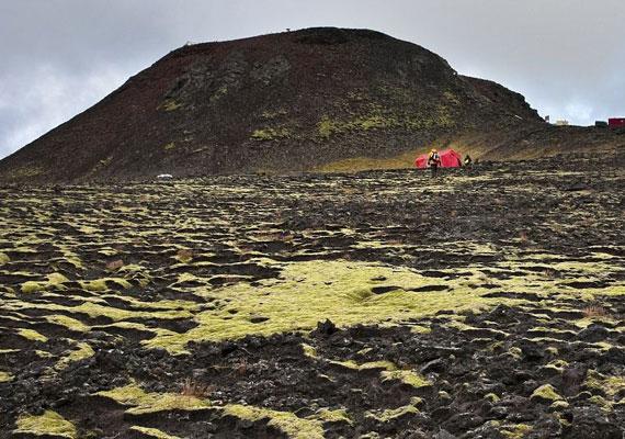 A Thrihnukagigur vulkán kívülről.
