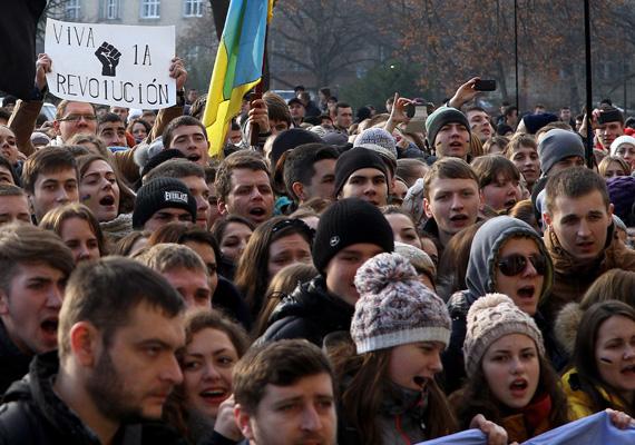 Nagyon sok 25 év alatti fiatal vesz részt a demonstrációkon.
