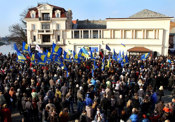 A tüntetések kezdete Ungváron.