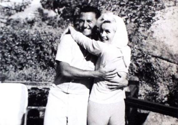 Marilyn Monroe utolsó képe egy kirándulás alkalmával készült, melyen Frank Sinatrával és a jazz-zongorista Buddy Grecóval vett részt. A szexszimbólum itt nagyon boldognak tűnt, bár lehet, hogy a mosoly csak a kamerának szólt.