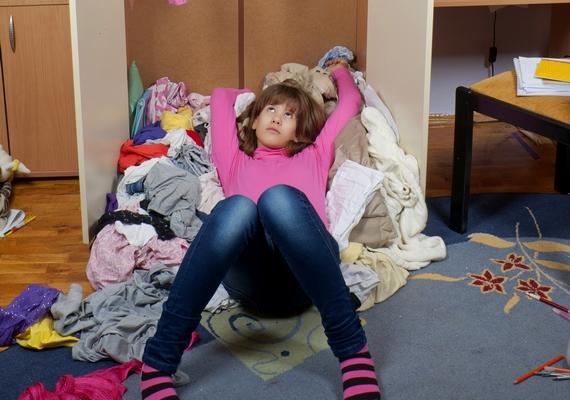 Ha nem szeretnéd belesüppedni a vasárnapi letargiába, ne ess ki a heti pörgésből! Selejtezd ki a szekrényedet, esetleg csinálj nagytakarítást!