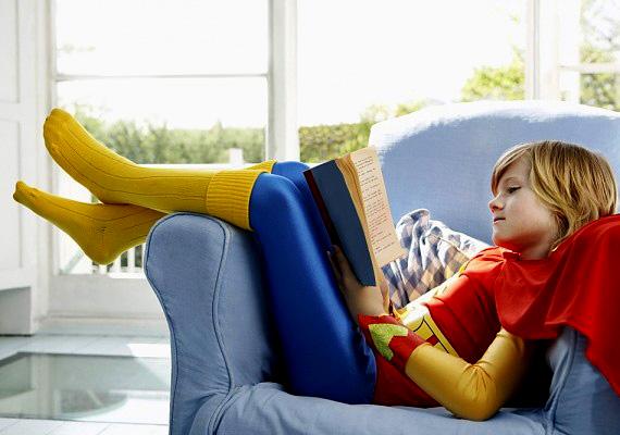 A gyermekeknek való Superman-jelmez instrukciói figyelmeztetnek rá, hogy az ember nem tud repülni, és ezt a jelmez viselése nem befolyásolja.