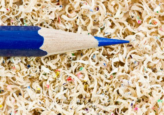 Ha nem szeretnéd magad faragni a ceruzát, küldd el a hivatásos ceruzahegyezőnek - mert létezik ilyen -, aki nagy műgonddal és óvatossággal bánik majd kedvenc írószereddel.