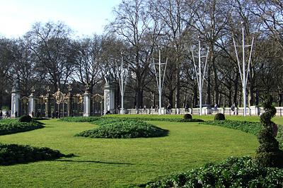 A St. James Park aranyozott kapuja