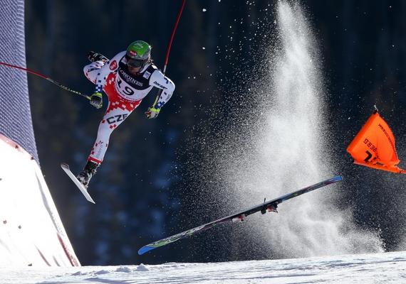 Ondrej Bank a Cseh Köztársaságból elesik az FIS-világbajnokságon - Beaver Creek, Colorado, 2015. február 8., Christian Walgram.