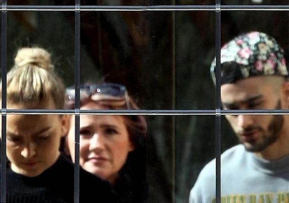 Zayn Malik, a srác édesanyja és Perrie Edwards néhány napja megnéztek egy Londontól félórányira fekvő házat, vásárlási szándékkal.