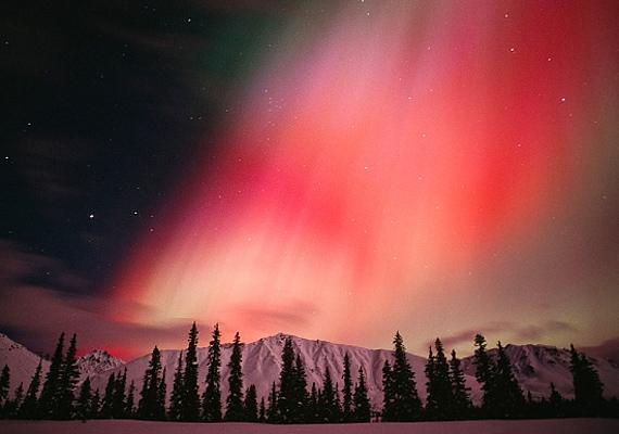 Az alaszkai Cantwell városa nemcsak nomád életmódjáról, de a gyakran felbukkanó sarki fényről is nevezetes.