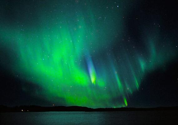 A svédországi Moskosel városa abban a megtisztelésben részesült, hogy a nagyon ritka türkizes színeket tudhatja magáénak.