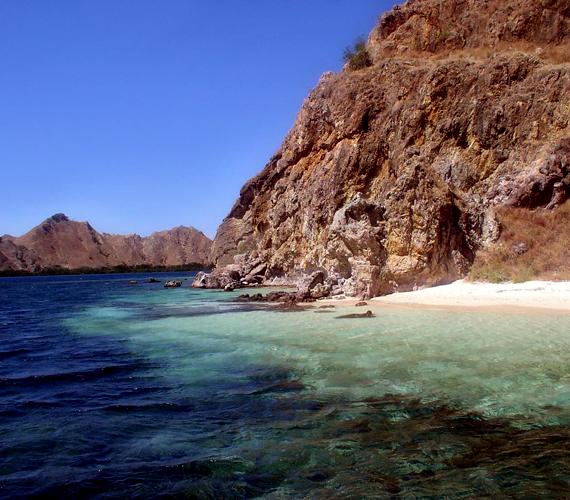 Az indonéziai Komodo-szigetek partjainál is jellemző a folyamatos tengerszint-emelkedés.