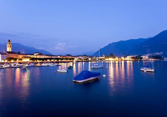Svájc hosszú ideje politikai semlegességéről híres, mindemellett természeti környezete - például az Alpok - is védelmet nyújt.