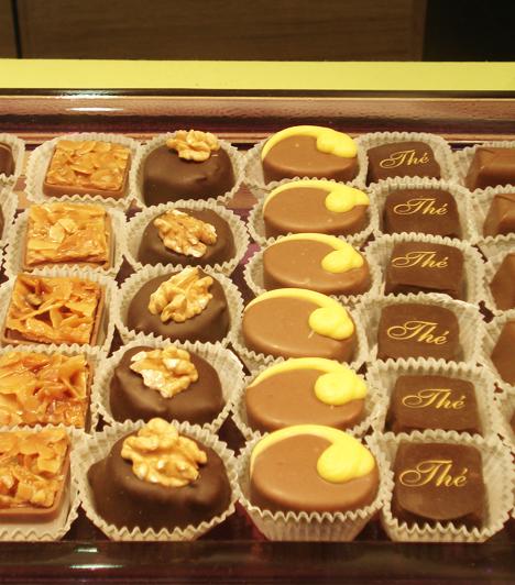 Wittamer csokoládébolt  Brüsszel egyik vezető csokoládékészítője a Wittamer, boltja a Grand Sablonon található. De bármelyik bolba térj is be, igazán nem lehet ok panaszra, hiszen mindenhol találsz az ízlésednek megfelelő csokoládét.