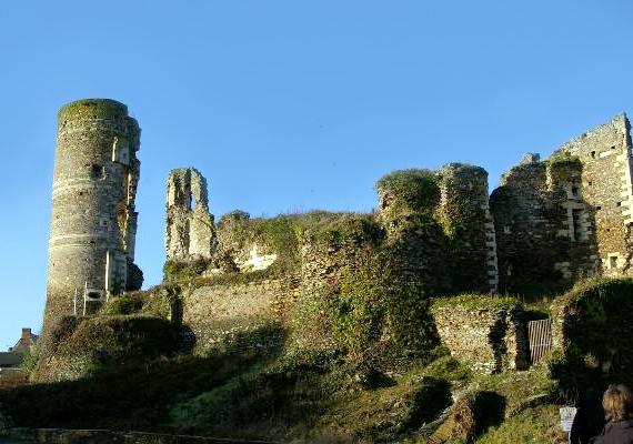 A hátborzongató kőépítmény a mai napig vonzza a turistákat, pedig szörnyű dolgok zajlottak a falai között.