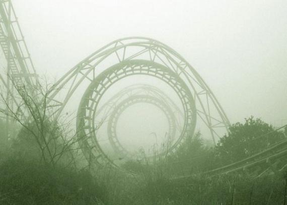 Nemigen létezik elkeserítőbb látvány egy omladozó, magára hagyott vidámparknál. Japánban pedig több példa is akad erre: az egyik leglátványosabb a Nara Dreamland, ami egykor egy Disneylandként működött, ám a konkurencia tönkretette működését. A helyet felvásárolták, körbekerítették, majd pusztulásra ítélték.