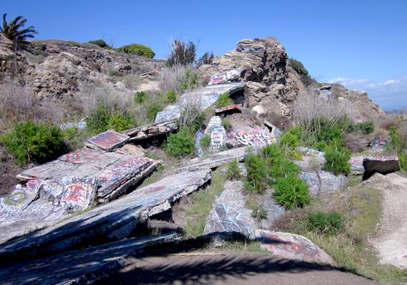 Az exkluzív házak helyén ma csak romok láthatók.