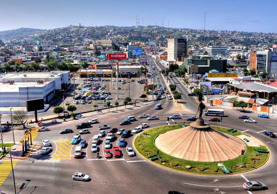 Mexikóban a 2011-es hivatalos statisztikák szerint kétezer embert raboltak el váltságdíjért, más adatok szerint azonban a szám 17 ezernél is többre tehető. A képen Tijuana városának részlete látható.