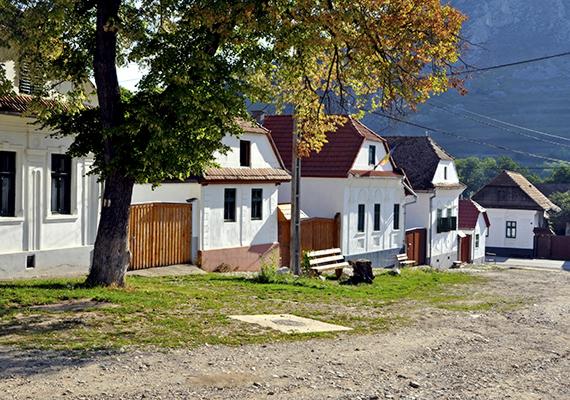 A falu emellett az UNESCO Világörökség várományosi listáján is szerepel.
