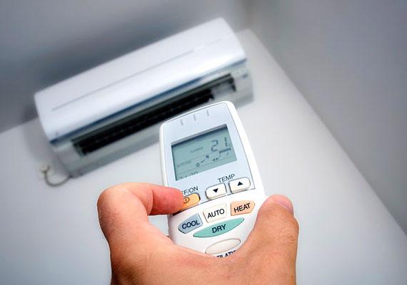Kánikula idején különösen jól jöhet egy légkondicionáló a szobában, vannak azonban olyan hotelek és más szálláshelyek, ahol ennek használatért is plusz díjat számolnak fel.