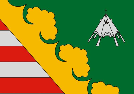 A torony a falu címerében is szerepel.