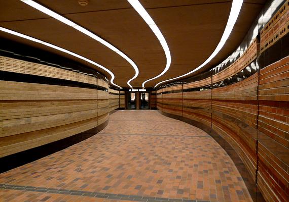A föld alatti város alagúthálózata körülbelül 12 négyzetkilométert fed le.