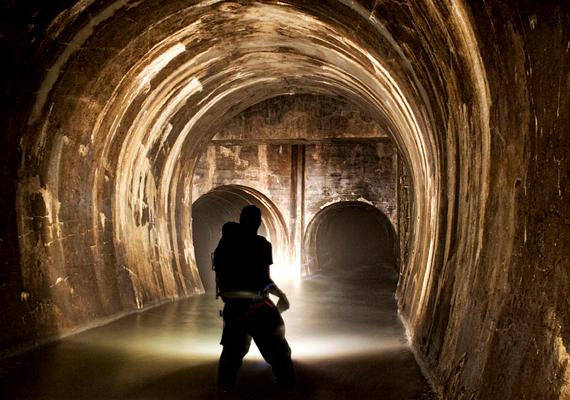 A föld alatti város igazi turistalátványosság, a legtöbb útikönyv az elsők között említi meg.