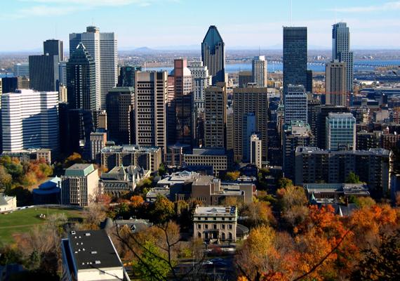 Montreal föld alatti városának víziója Vincent Ponte nevéhez kötődik. Első részei a hatvanas években épültek fel, míg 1984 és 1992 között terjeszkedett a legnagyobb ütemben.