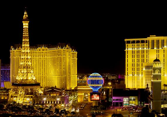 Las Vegas alatt furcsa város található, mely mintha negatív tükörképe lenne a felszín fölött található világnak.