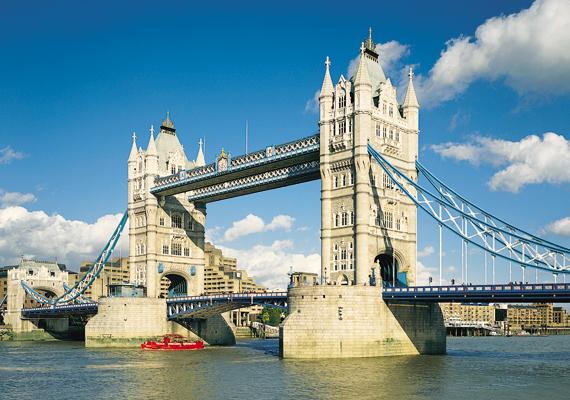 A CNN hozta le azt a listát 2013-ban, melyben azt rangsorolták, melyik országban élnek a legszexibb nők és férfiak. A nyertes Nagy-Britannia lett, de mások is felkerültek a listára. Tudd meg, kicsodák! A képen a londoni Tower híd látható.